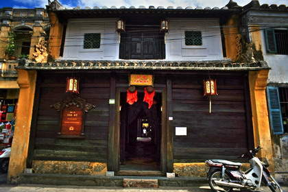 Tan Ky Old House